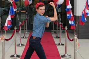Rosie the Riveter impersonator